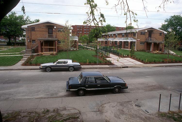 1995 May ..Assisted Housing..Calvert Square..GRANT.TARGET BLOCK INTERIM...NEG#.NRHA#..