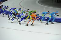 SCHAATSEN: HEERENVEEN: 25-10-2014, IJsstadion Thialf, Marathonschaatsen, KPN Marathon Cup 2, Jorrit Bergsma (#13), Ingmar Berga (#5), Bob de Vries (#1), ©foto Martin de Jong