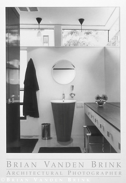 BATHROOM, PRIVATE RESIDENCE<br /> Lovell, Maine<br /> Scogin Elam and Bray, Archs.<br /> For the New York Times &copy; Brian Vanden Brink, 1999