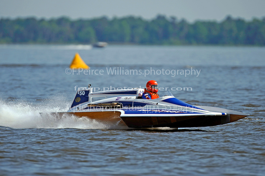 "Leo Croisetiere, E-50 ""Hot To Trot"" (1986 Karelson 5 Litre class hydroplane)"