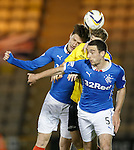 Marius Zaliukas and Lee Wallace in some sandwich action