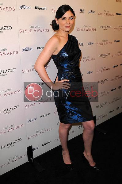 Jodi Lyn O'Keefe<br /> at the 2010 Hollywood Style Awards, Hammer Museum, Westwood, CA. 12-12-10<br /> David Edwards/DailyCeleb.com 818-249-4998