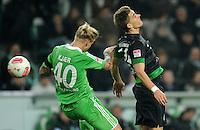 FUSSBALL   1. BUNDESLIGA    SAISON 2012/2013    13. Spieltag   VfL Wolfsburg - SV Werder Bremen                          24.11.2012 Simon Kjaer (li, VfL Wolfsburg) gegen Nils Petersen (re, SV Werder Bremen)