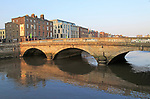 Father Matthew Bridge crossing River Liffey, city of Dublin, Ireland, Irish Republic