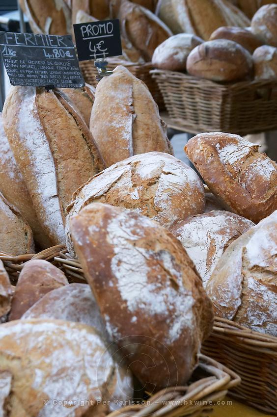 On a street market. Bread. Bordeaux city, Aquitaine, Gironde, France