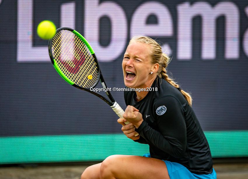 Den Bosch, Netherlands, 12 June, 2018, Tennis, Libema Open, Kiki Bertens (NED) jubilates, she wins a hard battle against Vikhlyantseva (RUS)<br /> Photo: Henk Koster/tennisimages.com