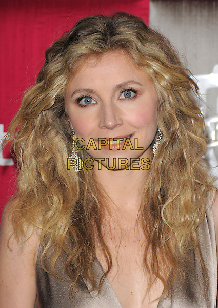 SARAH CHALKE .The 10th Annual Instyle & WB Golden Globes After Party held at Oasis Court in The Beverly Hilton Hotel in Beverly Hills, California, USA..January 11th, 2009                                                                                                                                 headshot portrait silver dangling earrings .CAP/DVS.©Debbie VanStory/Capital Pictures.