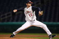 February 27, 2010:  Pitcher Brian de la Torriente (13) of the Illinois Fighting Illini during the Big East/Big 10 Challenge at Bright House Field in Clearwater, FL.  Photo By Mike Janes/Four Seam Images
