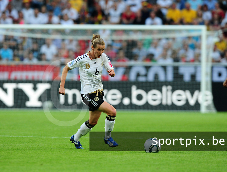 Fifa Women's World Cup Germany 2011 : France - Germany ( Frankrijk - Duitsland ) at Munchengladbach World Cup stadium : Simone LAUDEHR.foto DAVID CATRY / Vrouwenteam.be