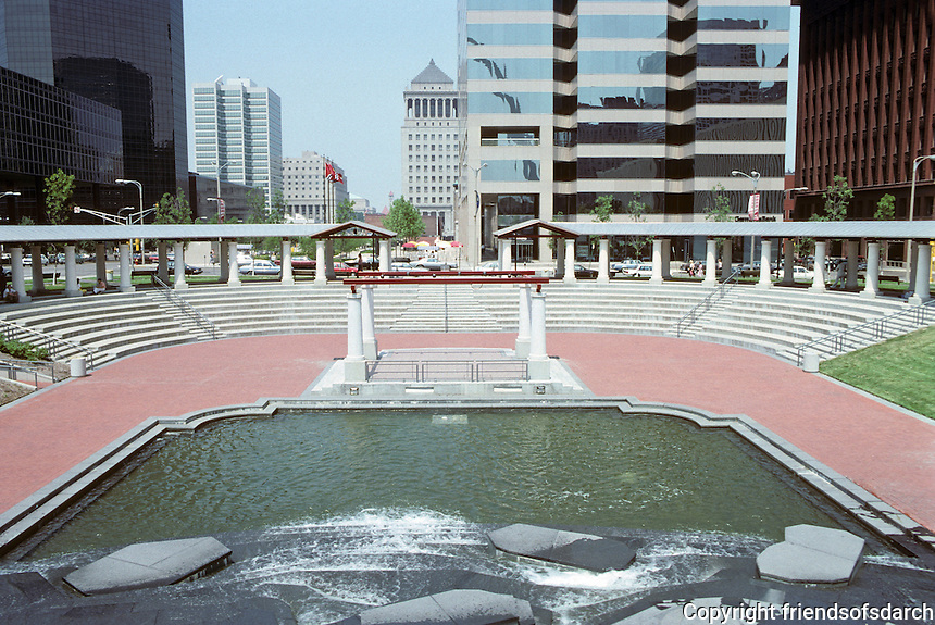 St. Louis: Downtown office buildings surrounding amphitheatre with water feature. Photo '88.