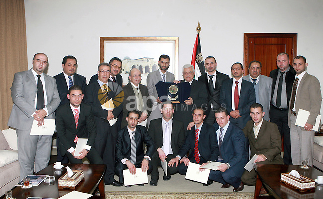Palestinian President, Mahmoud Abbas (Abu Mazen), meets of the Jordanian delegation included a number of lawyers and trade unionists in the West Bank city of Ramallah, on March 08, 2012.  Photo by Thaer Ganaim