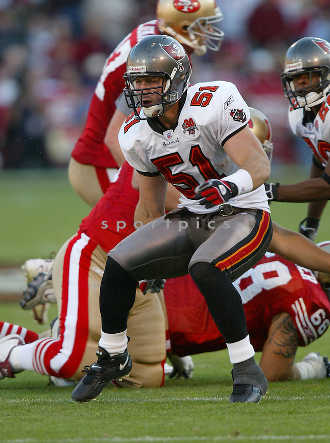 Barrett Ruud, of the Tampa Bay Buccaneers , in action, during their game against the San Francisco 49ers on October 30, 2005...San Francisco wins 15-10..Rob Holt / SportPics