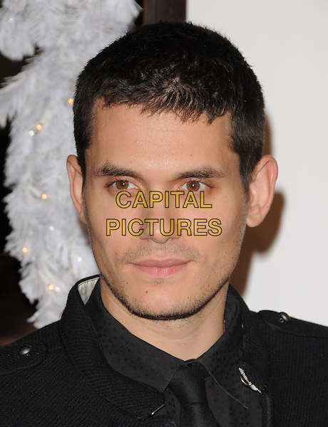 "JOHN MAYER.The Twentieth Century Fox World Premiere of ""Marley & Me"" held at The Mann Village Theatre in Westwood, California, USA. .December 11th, 2008        .headshot portrait stubble facial hair .CAP/DVS.©Debbie VanStory/Capital Pictures."