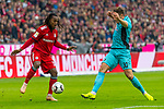 03.11.2018, Allianz Arena, Muenchen, GER, 1.FBL,  FC Bayern Muenchen vs. SC Freiburg, DFL regulations prohibit any use of photographs as image sequences and/or quasi-video, im Bild Renato Sanches (FCB #35) im kampf mit Christian Guenter (Freiburg #30) <br /> <br />  Foto &copy; nordphoto / Straubmeier