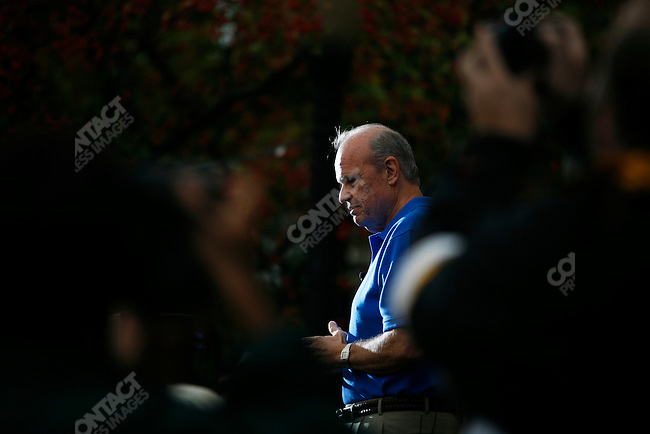 Former Senator Fred Thompson (R - TN), 2008 Republican candidate for President, makes a campaign stop in front of the Nashua town hall. Nashua, New Hampshire, September 9, 2007. .....