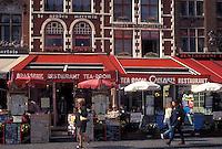 outdoor café, Brugge, Belgium, Bruges, West-Vlaanderen, Europe, Cafés and restaurants along the Markt in downtown Bruges.