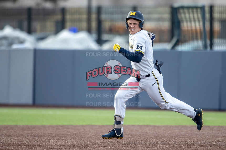 Michigan Wolverines outfielder Jesse Franklin (7) runs to second base against the Western Michigan Broncos on March 18, 2019 in the NCAA baseball game at Ray Fisher Stadium in Ann Arbor, Michigan. Michigan defeated Western Michigan 12-5. (Andrew Woolley/Four Seam Images)