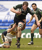 Reading, Berks, ENGLAND, 15.04.2006, Exiles No.8, Phil Murphy, on a charging run, during the Guinness Premiership match, London Irish vs Leed Tykes, at the Madejski Stadium,  © Peter Spurrier/Intersport-images.com.