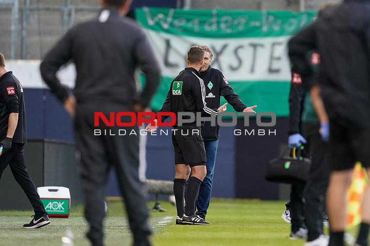 Frank Baumann (Geschäftsführer Fußball Werder Bremen), Daniel Schlager (4. Offizieller)<br /> <br /> <br /> Sport: nphgm001: Fussball: 1. Bundesliga: Saison 19/20: Relegation 02; 1.FC Heidenheim vs SV Werder Bremen - 06.07.2020<br /> <br /> Foto: gumzmedia/nordphoto/POOL <br /> <br /> DFL regulations prohibit any use of photographs as image sequences and/or quasi-video.<br /> EDITORIAL USE ONLY<br /> National and international News-Agencies OUT.