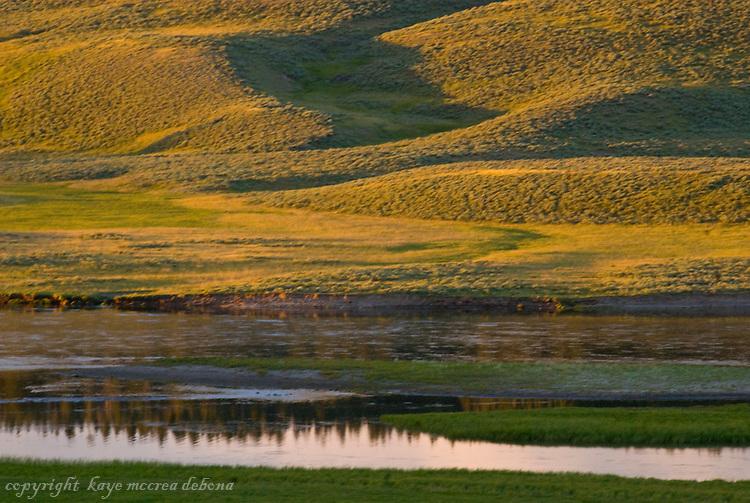 Sunset at Hayden Valley 2