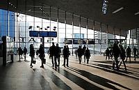 Rotterdam . De nieuwe hal van Centraal Station