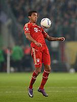 FUSSBALL   DFB POKAL   SAISON 2011/2012   HALBFINALE   21.03.2012 Borussia Moenchengladbach - FC Bayern Muenchen  Luiz Gustavo (FC Bayern Muenchen) am Ball