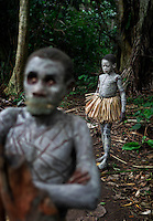 Ituri Pygmies: Who Rules the Forest? September 2005 National Geographic Magazine