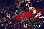 Dalai Lama na Catedral da Sé, São Paulo. 1995. Foto: Juca Martins.
