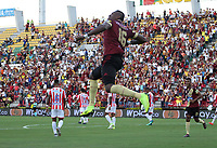 IBAGUÉ- COLOMBIA,26-05-2019.Sergio Mosquera jugador del Deportes Tolima celebra después de anotar un gol al Atlético Junior  durante el cuarto partido de los cuadrangulares finales de la Liga Águila I 2019 jugado en el estadio Manuel Murillo Toro de la ciudad de Ibagué. /Sergio Mosquera player of Deportes Tolima celebrates after scoring a goal  agaisnt of Atletico Junior  during the fourth match for the quarter finals B of the Liga Aguila I 2019 played at the Manuel Murillo Toro stadium in Ibague city. Photo: VizzorImage / Felipe Caicedo / Staff