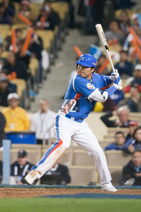 21 March 2009: #35 Jin Young Lee of Korea is seen at bat during the 2009 World Baseball Classic semifinal game at Dodger Stadium in Los Angeles, California, USA. Korea wins 10-2 over Venezuela.