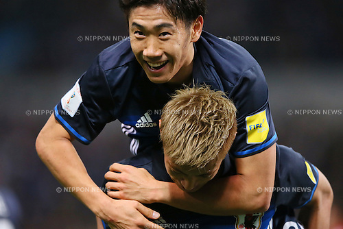 (U to D) Shinji Kagawa, Keisuke Honda (JPN), MARCH 29, 2016 - Football / Soccer : FIFA World Cup Russia 2018 Asian Qualifier Second Round Group E match between Japan 5-0 Syria at Saitama Stadium 2002, Saitama, Japan. (Photo by YUTAKA/AFLO SPORT)