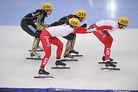 "SHORT TRACK: MOSCOW: Speed Skating Centre ""Krylatskoe"", 14-03-2015, ISU World Short Track Speed Skating Championships 2015, Semifinals Relay Ladies, JAPAN, CANADA, ©photo Martin de Jong"