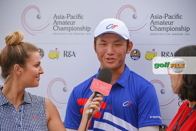 Golf reporter, Amanda Balionis interviews Yung-Hua LIU (TPE) following Rd 1 of the Asia-Pacific Amateur Championship, Sentosa Golf Club, Singapore. 10/4/2018.<br /> Picture: Golffile   Ken Murray<br /> <br /> <br /> All photo usage must carry mandatory copyright credit (© Golffile   Ken Murray)