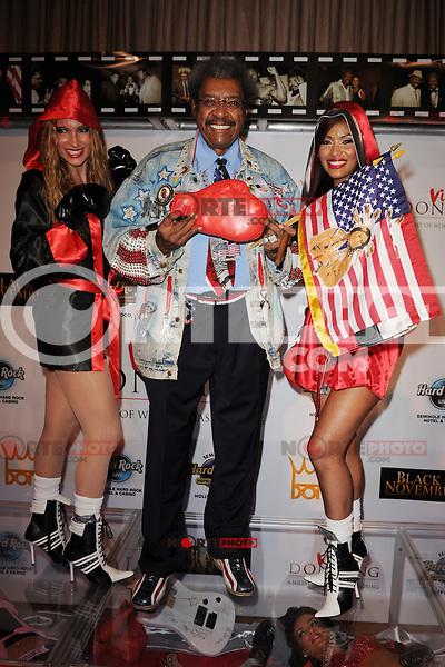 HOLLYWOOD FL - JUNE 22 : Don King arrives at his 80th birthday celebration at Hard Rock live held at the Seminole Hard Rock Hotel & Casino on June 22, 2012 in Hollywood, Florida. ©mpi04/MediaPunch Inc NORTEPHOTO.COM<br /> **SOLO*VENTA*EN*MEXICO**<br /> **CREDITO*OBLIGATORIO** <br /> *No*Venta*A*Terceros*<br /> *No*Sale*So*third*<br /> ** No Se Permite Hacer Archivo**
