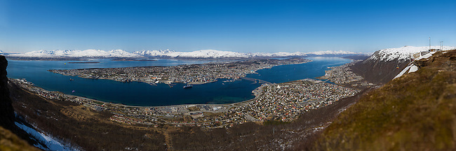 A very high resolution panorama of Troms&oslash; shot late May 2014.<br />