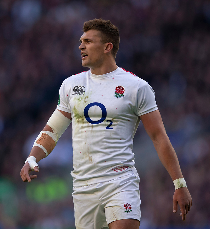 England's Henry Slade<br /> <br /> Photographer Bob Bradford/CameraSport<br /> <br /> Quilter Internationals - England v South Africa - Saturday 3rd November 2018 - Twickenham Stadium - London<br /> <br /> World Copyright © 2018 CameraSport. All rights reserved. 43 Linden Ave. Countesthorpe. Leicester. England. LE8 5PG - Tel: +44 (0) 116 277 4147 - admin@camerasport.com - www.camerasport.com