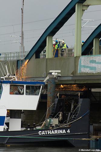 Sloop oude IJsselbrug (spoorbrug) - Hattem