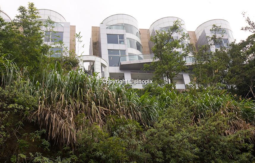 Luxury house on Severn Road at the Peak, Hong Kong.<br /> 30 Jul 2009