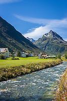 Austria, Tyrol, Galtuer in Paznaun Valley: with river Vermunt | Oesterreich, Tirol, Galtuer im hinteren Paznauntal: am Vermuntbach an der Grenze zu Vorarlberg