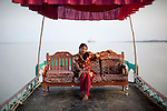 Nupur, 27 years, she spends 2000 Taka per month on make up and at the end of the month she will have just 3.500 taka left in her pocket.Bani Shanta, one of the 14 official brothels in Bangladesh, a Muslim nation where prostitution is considered legal.<br />
