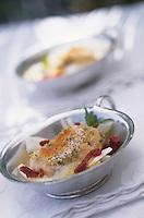 """Europe/Italie/Côte Amalfitaine/Campagnie/Amalfi : Merlu en gratin julienne de fenouil et tomates séchées - Recette d'Antonio Dipino chef de """"La Caravella"""""""