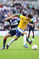 MIDDLESBROUGH, INGLATERRA, 20 JULHO 2012 - AMISTOSO INTERNACIONAL - BRASIL X GRA-BRETANHA - O jogador Oscar, da Seleção Brasileira, durante amistoso contra a Grã-Bretanha, no estádio Riverside, em Middlesbrough, na Inglaterra, no último jogo antes do início da Olimpíada. (FOTO: GUILHERME ALMEIDA / BRAZIL PHOTO PRESS).