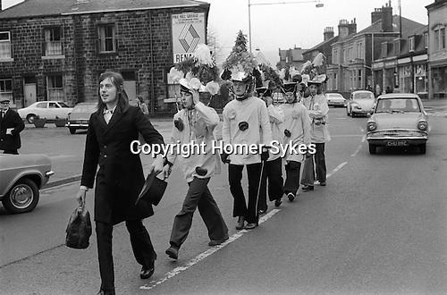 Midgley Pace Egg Play, Hebden Bridge, Yorkshire. England. My ref 25/738/1974