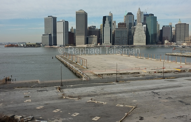 December 2, 2011 The view of Manhattan from the Brooklyn Heights Promenade.