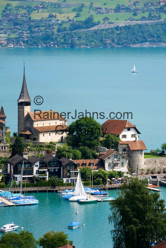 CHE, Schweiz, Kanton Bern, Berner Oberland, Spiez: Schlosskirche am Thunersee | CHE, Switzerland, Bern Canton, Bernese Oberland, Spiez: castle church at Lake Thun