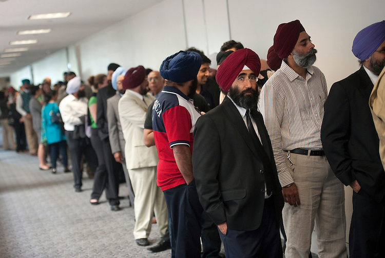 "UNITED STATES - SEPTEMBER 19: Members of the Sikh community line up to attend a Senate Judiciary ""Constitution, Civil Rights and Human Rights"" Subcommittee hearing on ""Hate Crimes and the Threat of Domestic Extremism."" (Photo By Chris Maddaloni/CQ Roll Call)"