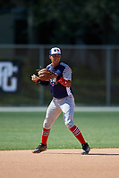 Alec Gonzalez during the WWBA World Championship at the Roger Dean Complex on October 19, 2018 in Jupiter, Florida.  Alec Gonzalez is a shortstop from Flossmoor, Illinois who attends Marian Catholic High School and is committed to Tennessee.  (Mike Janes/Four Seam Images)