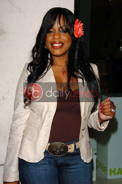 """Niecy Nash<br />at a party to celebrate the publication of """"Burnt Toast: And Other Philosophies Of Life"""". Aqua Restaurant and Lounge, Beverly Hills, CA. 05-02-06<br />Scott Kirkland/DailyCeleb.Com 818-249-4998"""