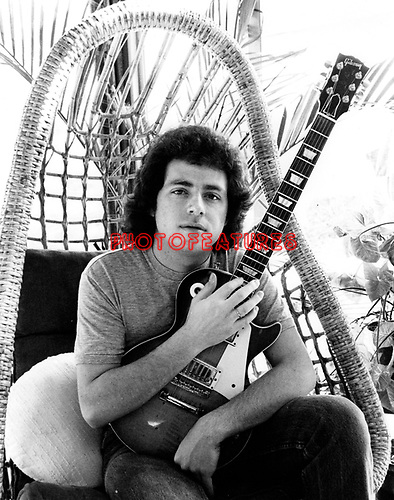 Toto 1983 Steve Lukather.© Chris Walter.
