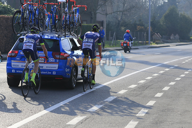 Guillaume Van Keirsbulck and Frederik Backaert (BEL) Wanty-Groupe Gobert get a tow with 12k to go during the 60th edition of the Record Bank E3 Harelbeke 2017, Flanders, Belgium. 24th March 2017.<br /> Picture: Eoin Clarke | Cyclefile<br /> <br /> <br /> All photos usage must carry mandatory copyright credit (&copy; Cyclefile | Eoin Clarke)